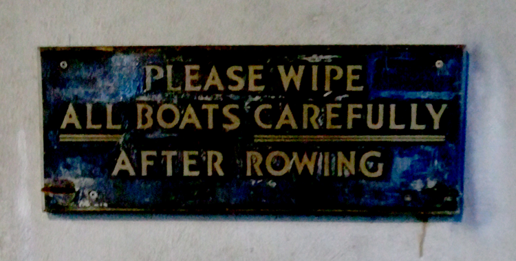 Please Wipe Down Boats with Old Towels